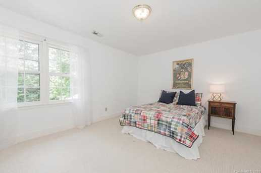 401 Roselawn Place - Photo 27