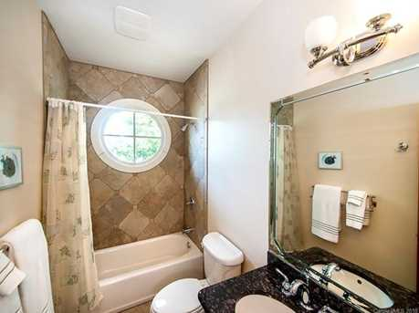 3304 A Collins Rd - Photo 17