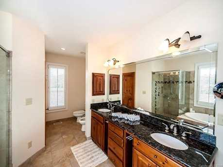 3304 A Collins Rd - Photo 15