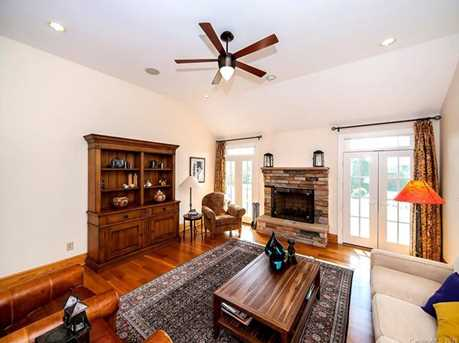 3304 A Collins Rd - Photo 11