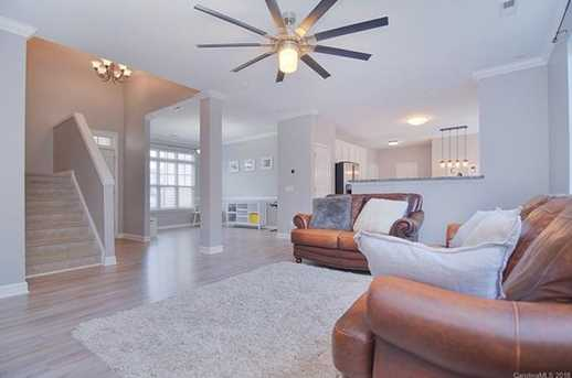 17438 Westmill Ln - Photo 9