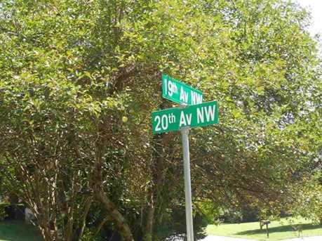 160 20th Avenue - Photo 3