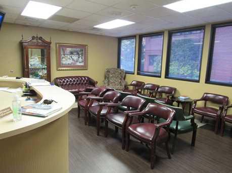 410 University Parkway Suite 1400 - Photo 3