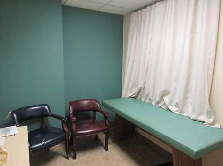 410 University Parkway Suite 2600 - Photo 9