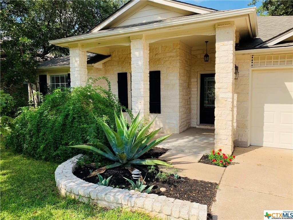 Astounding 5702 Fitchwood Ln Austin Tx 78749 Mls 1152666 Coldwell Banker Home Interior And Landscaping Pimpapssignezvosmurscom