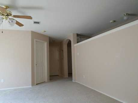 2104  Coachlamp Dr - Photo 3