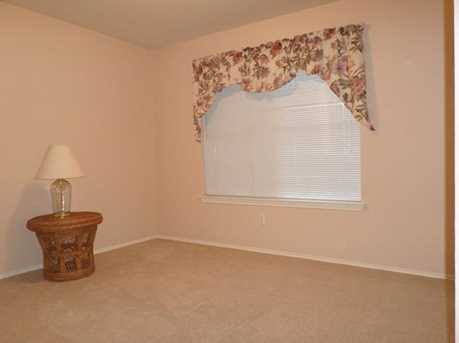 2104  Coachlamp Dr - Photo 5