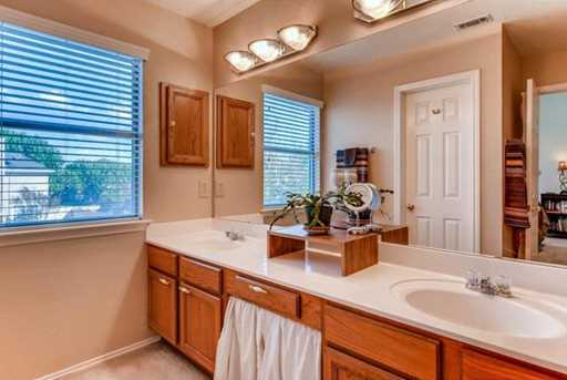 305 N Carriage Hills Dr - Photo 19
