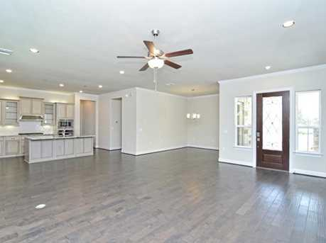 1232  Lucca Dr - Photo 9