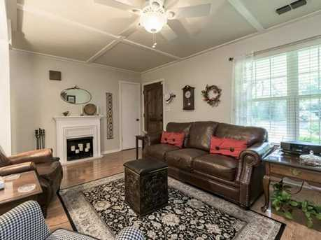 2901  Silverleaf Dr - Photo 9