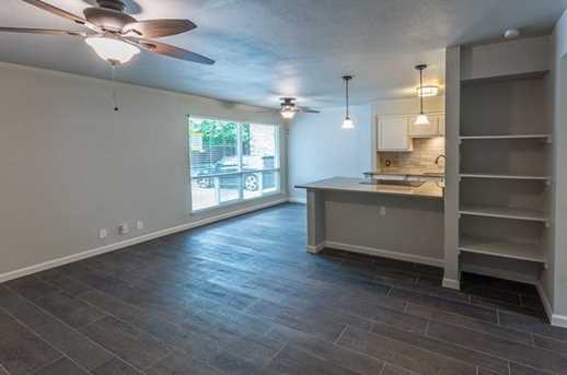 500 E Riverside Dr  #110 - Photo 17