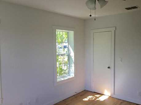 2027  Eastman Ave - Photo 15