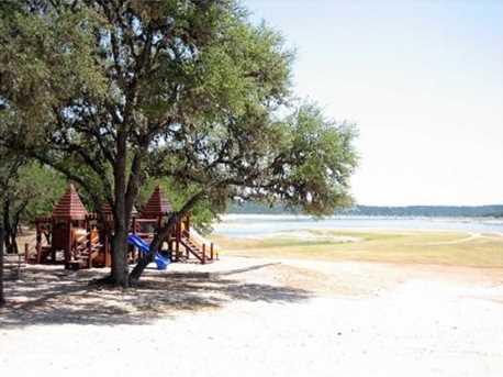 21208  Highland Lake Dr - Photo 11