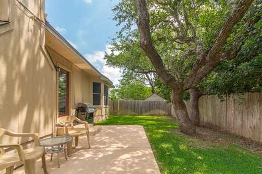 2304  Macaw Dr - Photo 23