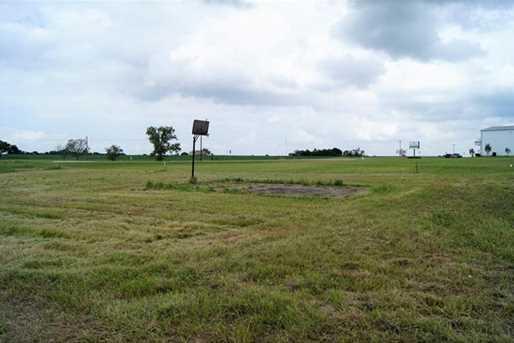 701 N Highway 95 - Photo 3
