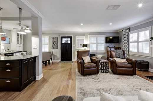 2105  Westover Rd - Photo 9