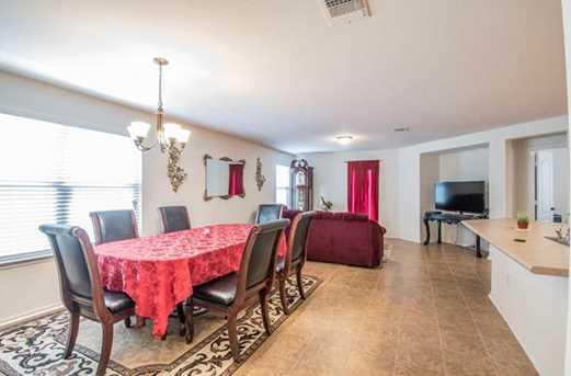6705 Moores Ferry Dr - Photo 3