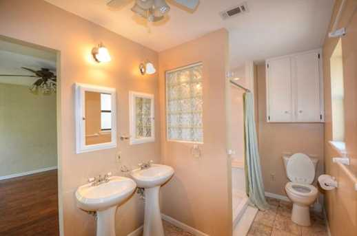 611  Meadowbrook Dr - Photo 15