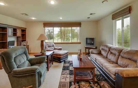 451  Chimney Cove Dr - Photo 25