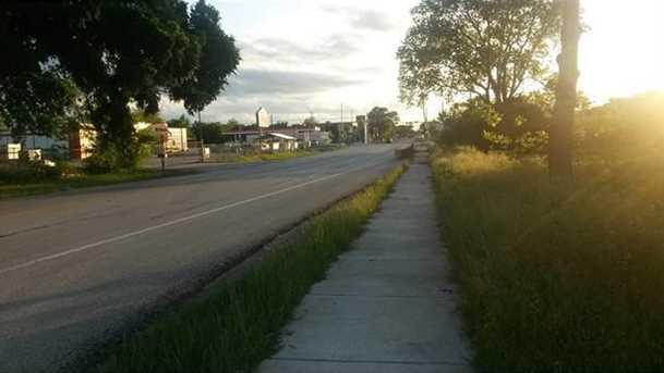 101 E South St - Photo 3