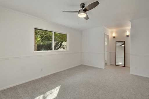 7204  Hartnell Dr - Photo 17