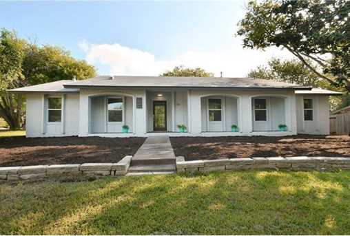 7204  Hartnell Dr - Photo 1
