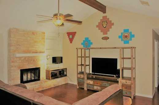 1201  Mills Meadow Dr - Photo 3