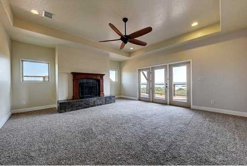 628  Country Ln - Photo 10