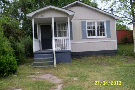 2011 Forest Avenue - Photo 1