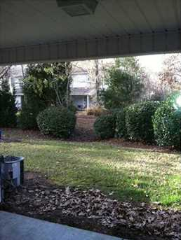 8065 Shadow Oak Drive - Photo 6