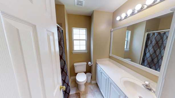 208 Green View Court - Photo 9