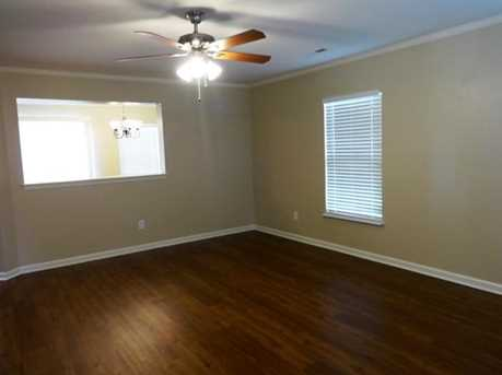 5015 Springdale Drive - Photo 3