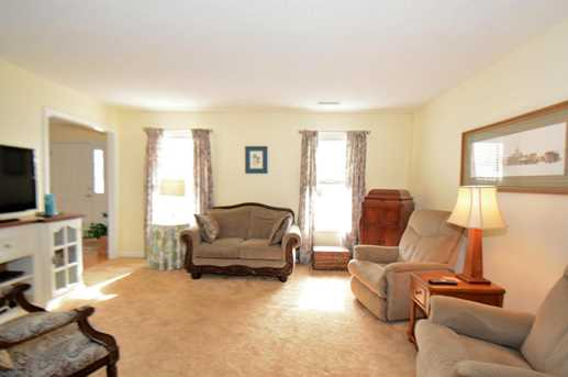115 N Knightsbridge Court - Photo 5