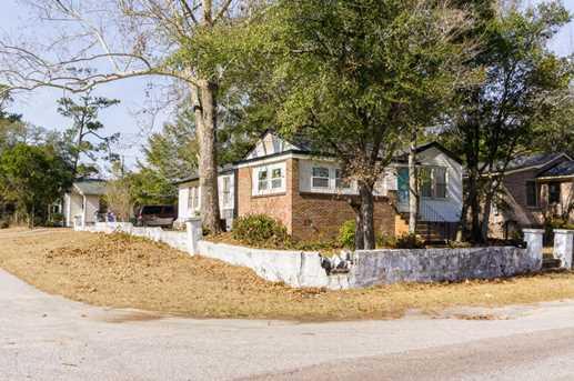 2658 Woodlawn Avenue - Photo 3