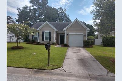 Marvelous 3090 Nantuckett Ave North Charleston Sc 29420 Home Interior And Landscaping Spoatsignezvosmurscom