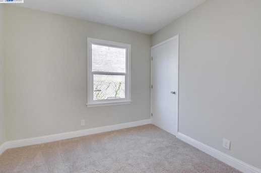 1627 Lincoln Ave - Photo 13