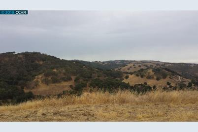870 Vine Hill Way - Photo 1