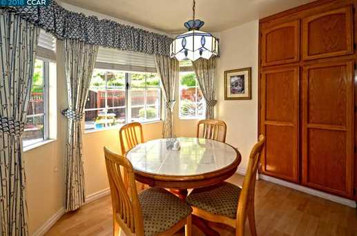 1068 Green Point Ct - Photo 9