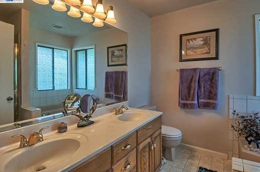 3059 Forest Hills Dr - Photo 23
