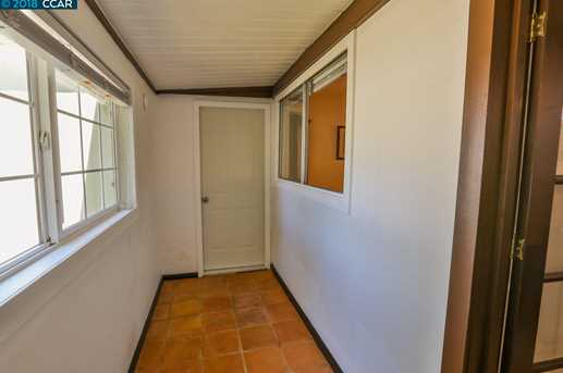 979 Santa Cruz Dr - Photo 15