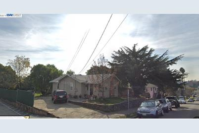 1630 159th Ave - Photo 1