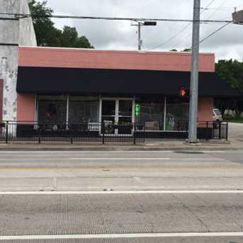 301 East Brazos Ave - Photo 1