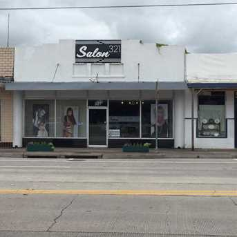 321 East Brazos Ave - Photo 1