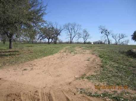 981,982 Dilley - Photo 2