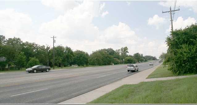 1315 Central Texas Expressway - Photo 3