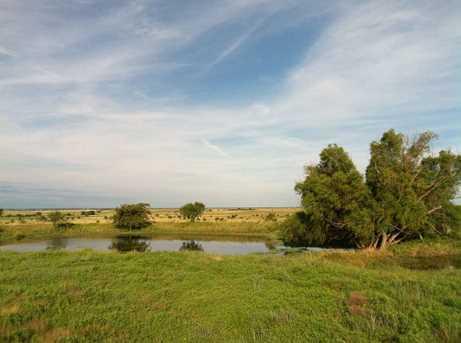 Fm 963 &amp Creek 210 - Photo 3
