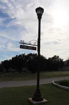 801 Lacey Oak Circle - Photo 5