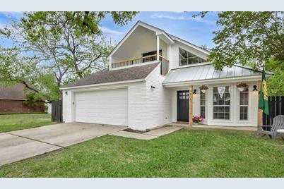 406 Meadowlakes Dr - Photo 1