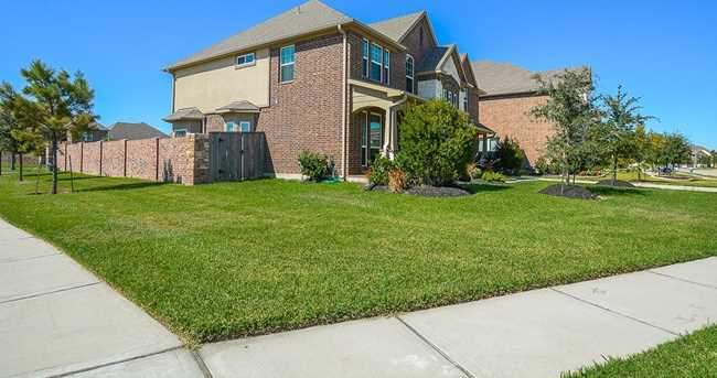 3442 Stone Springs Dr - Photo 3