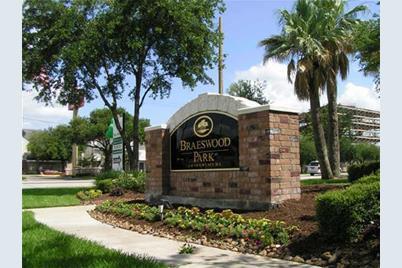 2255 Braeswood Park Drive #249 - Photo 1